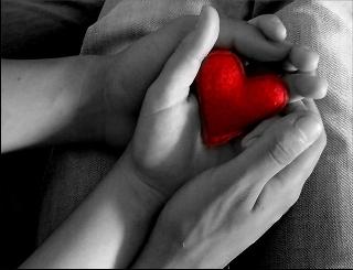 Foto d'Amore cuore mano