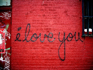 i love you su muro rosso